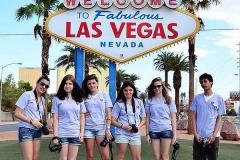 Las Vegas Institute FLS -Летний лагерь | языковая школа в США, фото Лас Вегаса днем с учениками