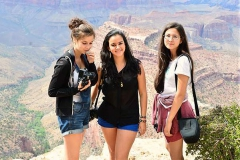 Las Vegas Institute FLS -Летний лагерь | языковая школа в США, фото участников курса Английского языка + фотографирование, на экскурсии, изображение 7