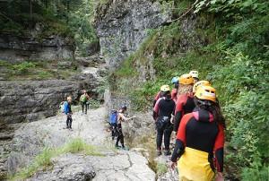 Поход в горы, скалолазанье в языковом лагере Австрии American International School Salzburg