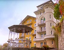 Surval Mont-Fleuri | Сюрваль Мон Флери, летний лагерь в Швейцарии для девочек на базе частной школы пансиона