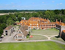 Bradfield College, Summer Camp, Брэдфилд колледж, лагерь за границей, летняя школа в Англии | Великобритании, на базе частной школы пансиона