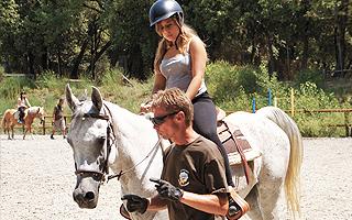 Верховая езда Летняя школа в Италии Alphabet outdoor exploration